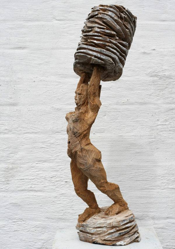 Trägerin Artists Sculpture Stephan Müller Fabled Gallery https://fabledgallery.art/product/tragerin/